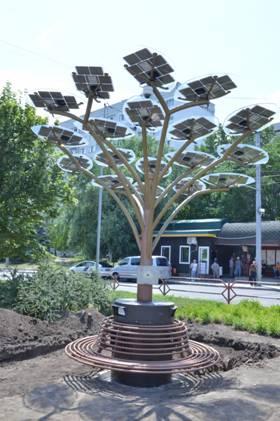 Instalaţii în formă de arbori cu baterii solare