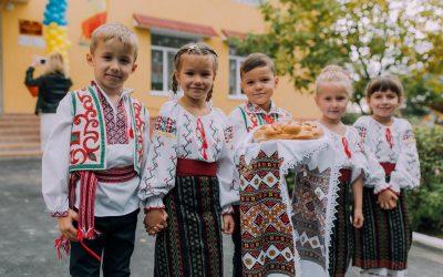 """Bugetarea participativă în satul Budești: picii de la grădinița """"Viorel și Viorica"""" vor avea tobogane noi"""